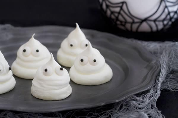 Meringue Ghosts are the sweet treat you won't be able to resist ...