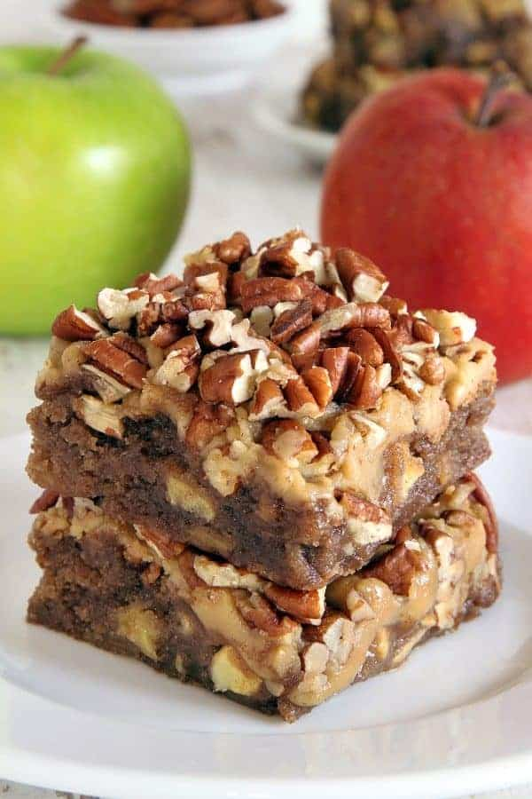 Caramel apple blondies with an easy caramel frosting and topped with ...